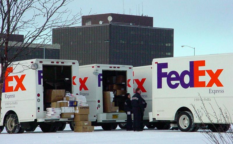 FedEx_Trucks_Alaska.jpg